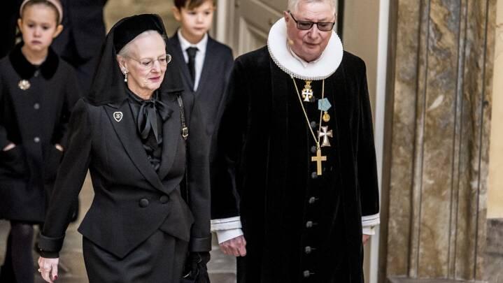 Dronningen takker danskerne: Det har været dybt bevægende