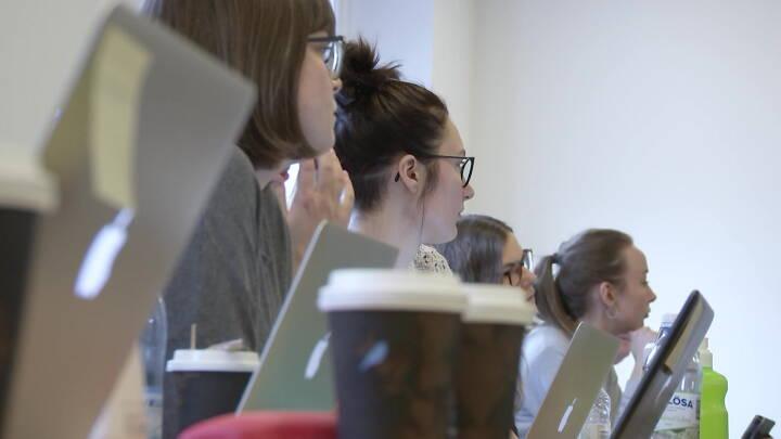 Fire ud af ti unge kvinder har et højt stressniveau