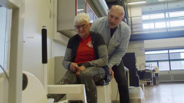VIDEO Sådan (for)bliver du skarp som VM-vinderen Rosa på 87 år