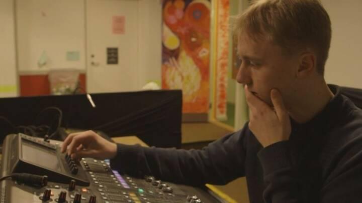 16-årige Marius sætter sit aftryk i Musikbunkeren