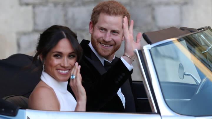 Prins Harry kørte sin brud til bryllupsfest med stil