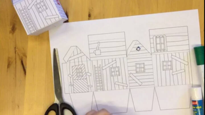 Fold og mal Bamses hus
