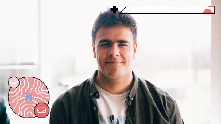 Jon på 26 spillede computer, til han vejede 140 kilo