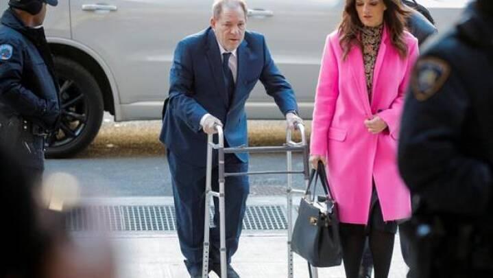 Mulige nævninge erklærer sig inhabile i Weinstein-sag