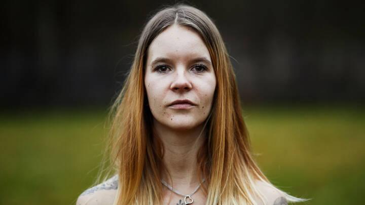 25-årige Heidi hører Hitler, bin Laden og Gud i sit hoved: 'De er en del af mig'