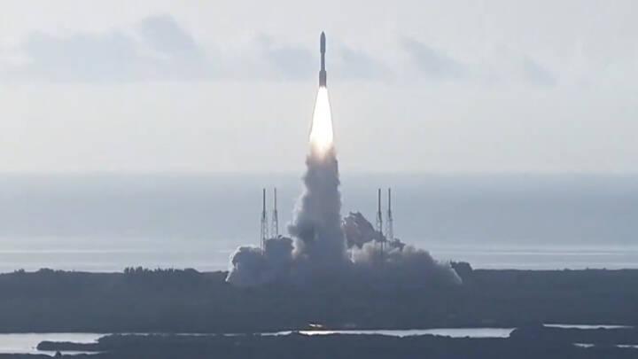Se opsendelsen: Kæmpe Mars-robot fyret ud på en syv måneder lang rejse