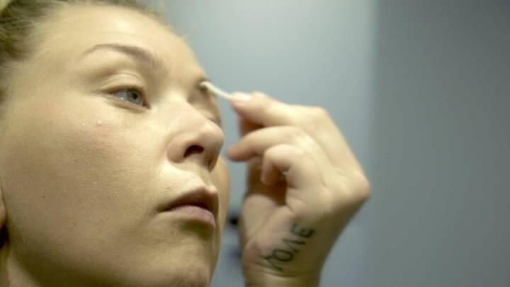 Stephanie viste sin kamp mod stofferne på tv: Nu er hun clean - og gravid