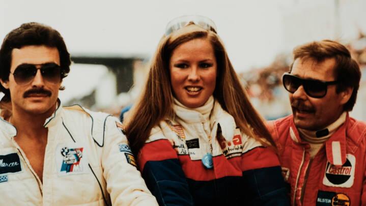 Konen styrede omgangene, sønnen var på drejetelefonen: Jens kørte til Frankrig og blev første dansker i Le Mans