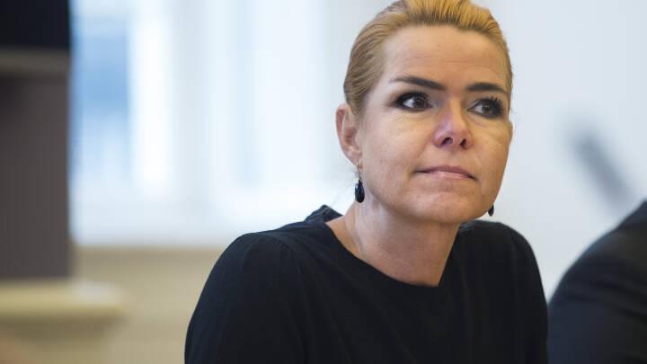 Centrale embedsmænd har modsagt hende: Nu skal Støjberg igen forklare sig for kommission