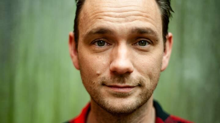 Christian forlader familien for at arbejde døgnet rundt: 'Jeg har vildt dårlig samvittighed'