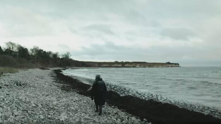 Stafetten rejser videre: Julie går otte kilometer for at hylde jordemoder