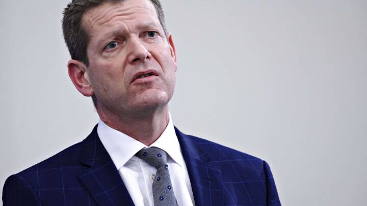 Professor bag coronaudredning: Brostrøm svigtede politikerne og spillede Sundhedsstyrelsen ud af banen