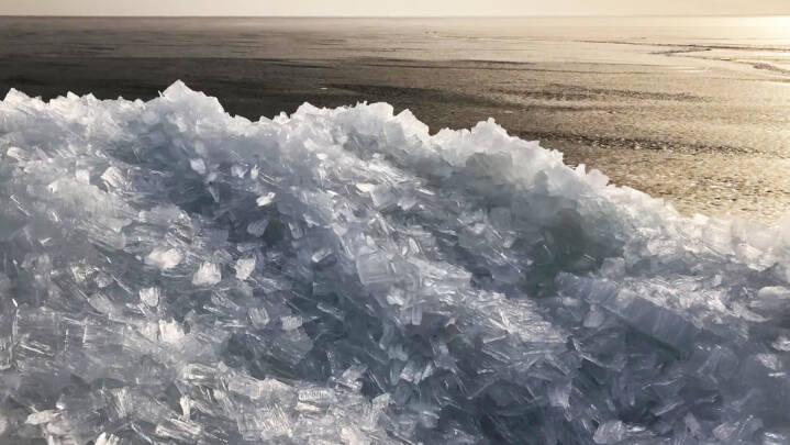 SE VIDEOEN: Fascinerende og farligt vejrfænomen fanget ved Ringkøbing Fjord