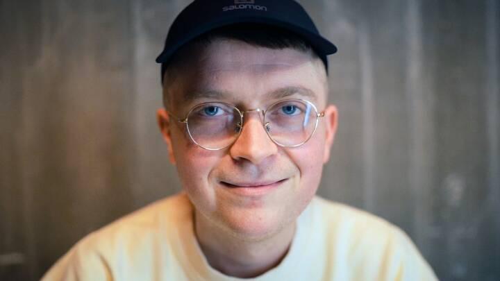 Akavede Rasmus hitter med sin komik: 'Det er min styrke'