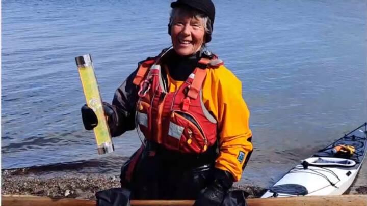 82-årige Kirsten ror 50 kilometer om ugen: 'Jeg ror kajak for at holde mig i live'