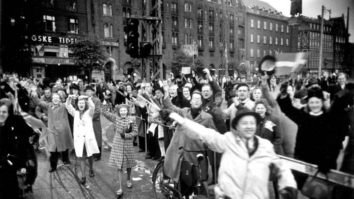 'Her er London': DR sendte frihedsbudskabet og grammofonmusik hele natten efter befrielsen