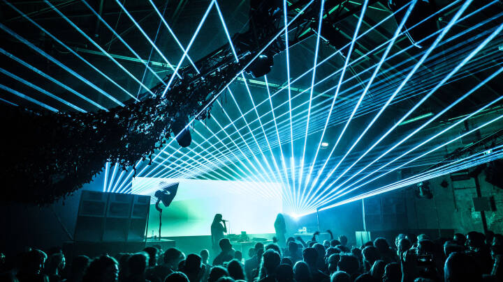 Dansk festival ryster på hovedet: Hvorfor må vi ikke lave forsøg med store koncerter i Danmark?