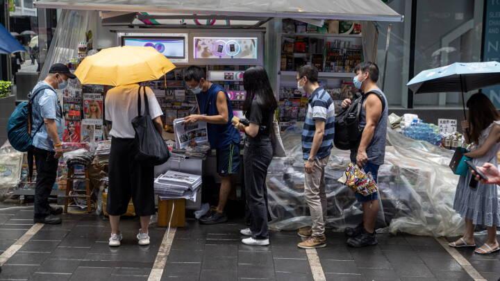 Hongkongs største pro-demokratiske avis drejer nøglen om: 'Nu har man i realiteten afskaffet presse- og ytringsfrihed'