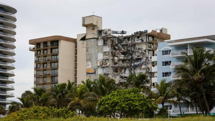 Redningsfolk kæmper for at finde overlevende efter bygningskollaps i Miami: Snesevis savnes