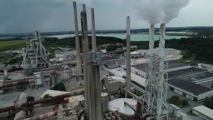 På trods af grønne mål: De største fabrikker i Danmark har ikke nedbragt deres forurening med CO2 i fem år