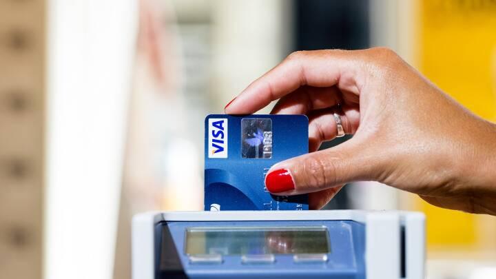 Erhvervsliv vil have lov til at afvise dine kontanter efter færre kontantbetalinger under nedlukning