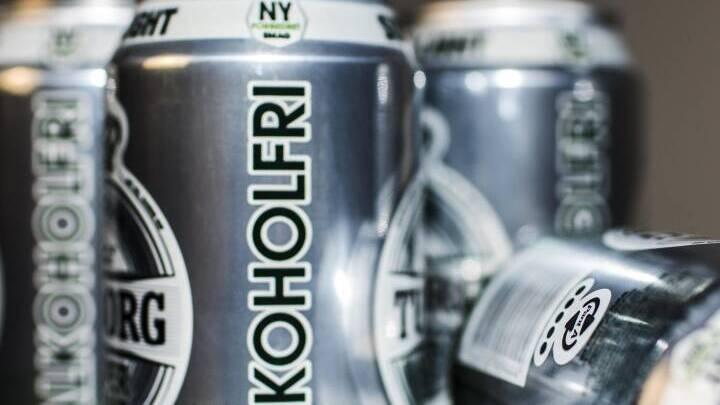 Danskere griber oftere ud efter alkoholfri øl i supermarkedet: Salget er fordoblet siden 2013