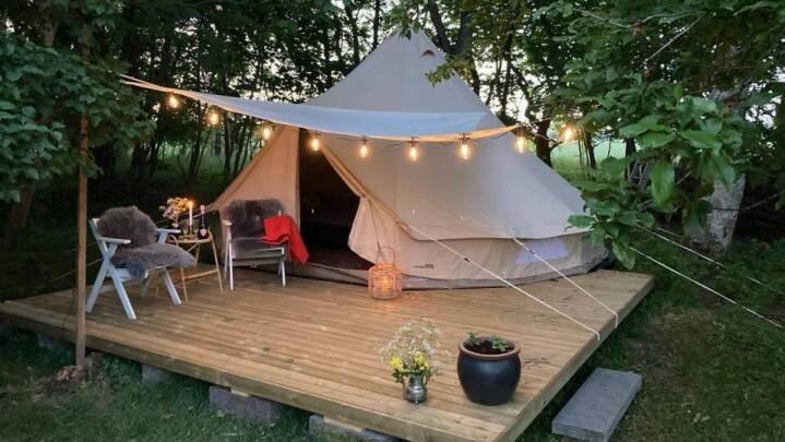 'Glamping' er camping på den glamourøse måde - og det hitter!
