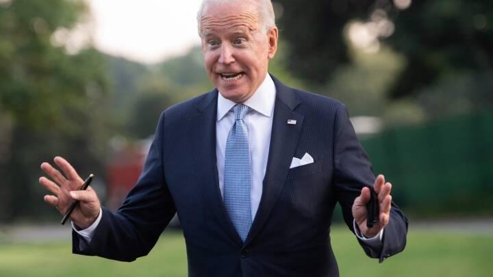 Joe Biden indfører nye krav i kampen mod uvaccinerede: 'Folk, der ikke behøver at dø, vil dø'