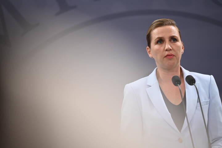 Mette Frederiksen indkalder til pressemøde om coronasituationen