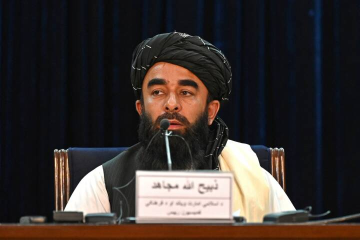 Taliban kræver, at tidligere regeringsstyrker slutter sig til dem