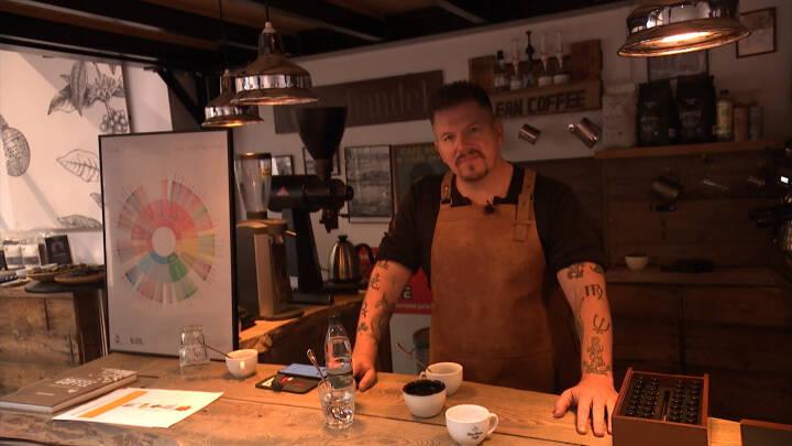 Dansk kaffe snyder ekspert: Er det virkelig lavet i en udestue?