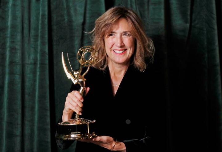 The Crown skovler priser ind ved Emmy-uddelingen