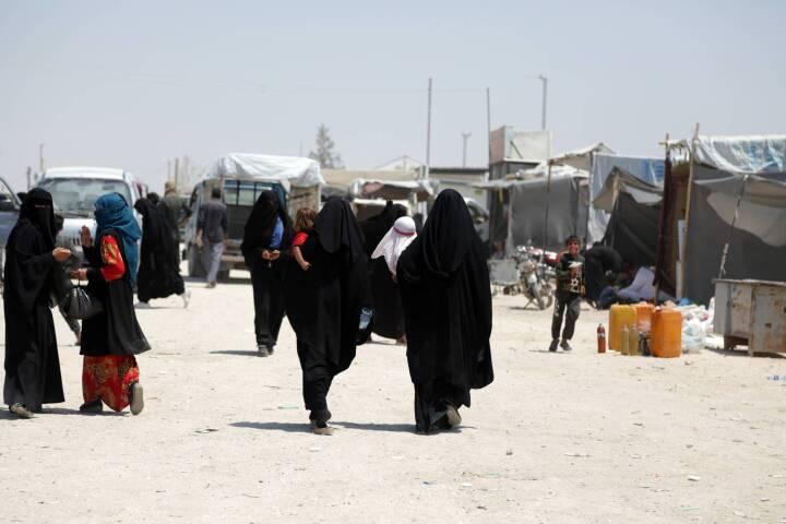 Blå partier kritiserer regeringen: Én kvinde med dobbelt statsborgerskab hjemtages fra Syrien