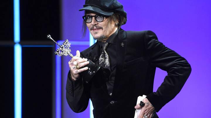 Johnny Depp advarer mod cancel culture ved modtagelsen af kontroversiel ærespris