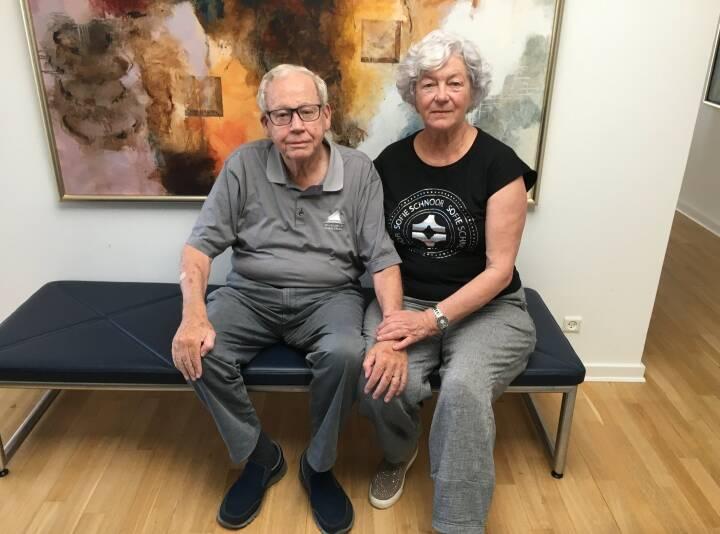 Lises mand skulle vente et år på demens-udredning: Kunne ikke komme igennem til overbelastet patientkontor