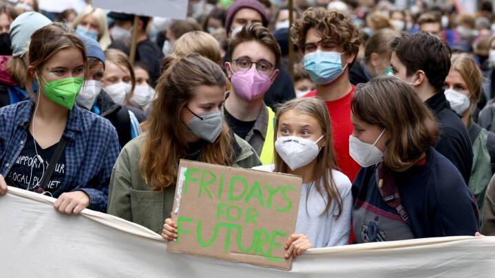 2 dage før valget er Gretha Thunberg og tyske skoleelever på gaden i Berlin for at råbe politikerne op