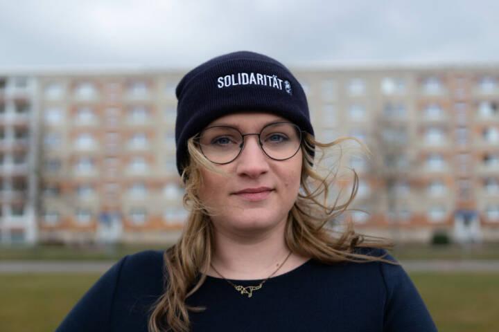 Anna er 27 år gammel. Hun har netop vundet den valgkreds, Merkel har siddet tungt på i 31 år