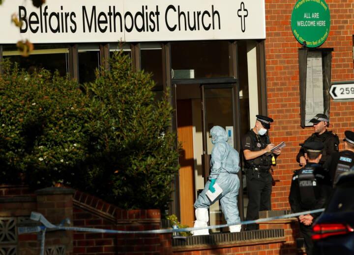 LIVE: Britisk politi orienterer om knivdrab på parlamentsmedlem