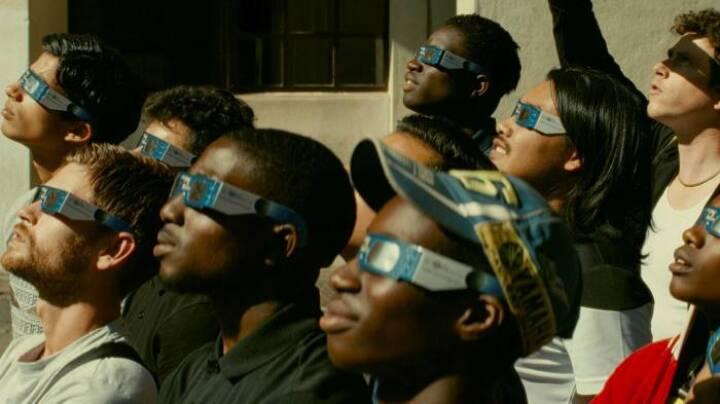 'Det er filmpoesi': Overraskelserne pibler frem i 5-stjernet film om livet i ghettoen