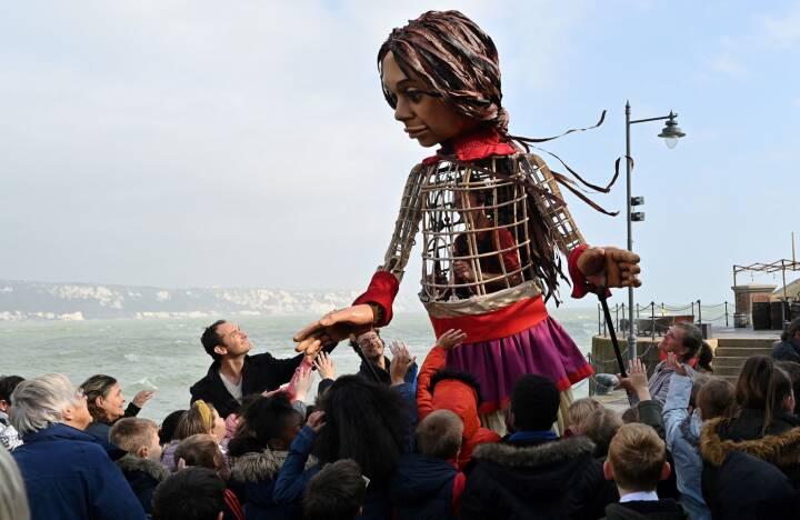 Kunstværk går tværs over Europa for at sætte fokus på unge flygtninge