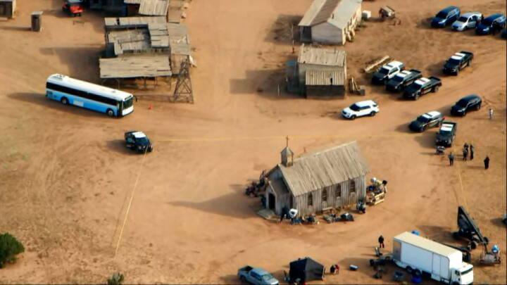Retsdokumenter: Alec Baldwin fik at vide, at pistol var sikker