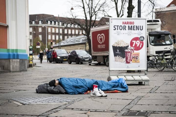 Regeringen foreslår flere boliger med en husleje på 3.500 kroner til hjemløse