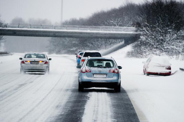 1a08a0cc Varmen kan tage livet af bilbatterierne: Mange biler vil ikke starte ...