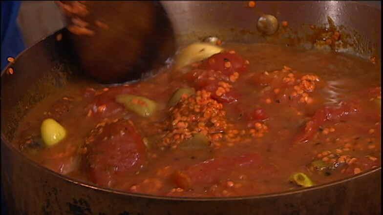 32e739886e30 Lækker og nem kikærtesuppe - opskrift