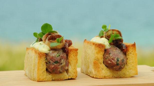 anderledes hotdog af tatar opskrift br drene price mad dr. Black Bedroom Furniture Sets. Home Design Ideas