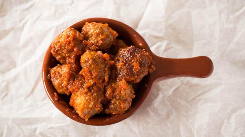 Albondigas Opskrift nemme spanske kødboller til tapas - opskrift | dr | mad | dr