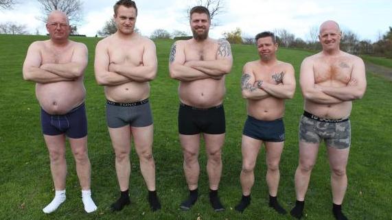 BREVKASSE Hvorfor har de rigtige mænd stadigvæk ølmaver? | Krop | DR