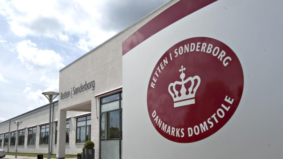 Barnlost Par Kobte Nyfodt Dreng I Polen For 5 500 Kroner Indland Dr