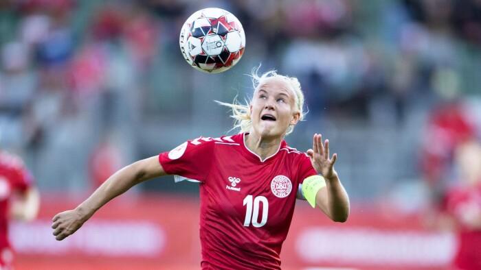 Kvindernes fodbold-EM udskudt til 2022