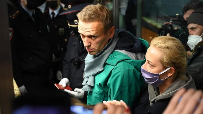 Aleksej Navalnyj varetægtsfængsles i 30 dage